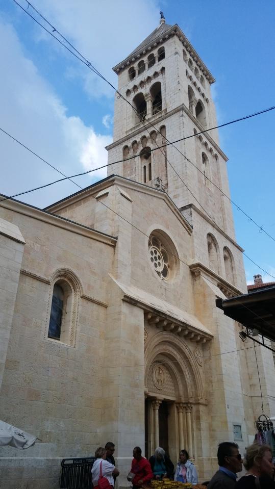 Und diese Kirche wurde von den deutschen erbaut